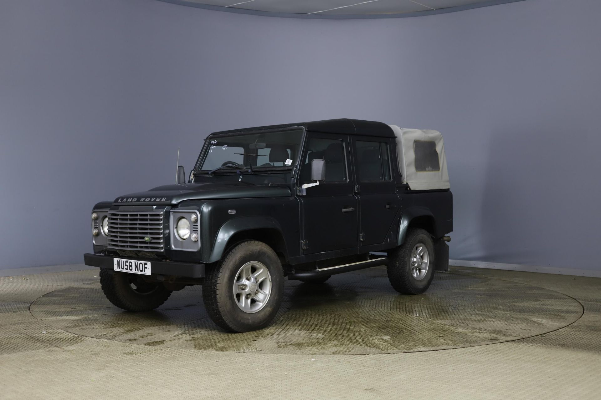 2008/58 REG LAND ROVER DEFENDER 110 XS DC LWB 2.4 DIESEL GREEN LIGHT 4X4, SHOWING 2 FORMER KEEPERS - Image 3 of 12