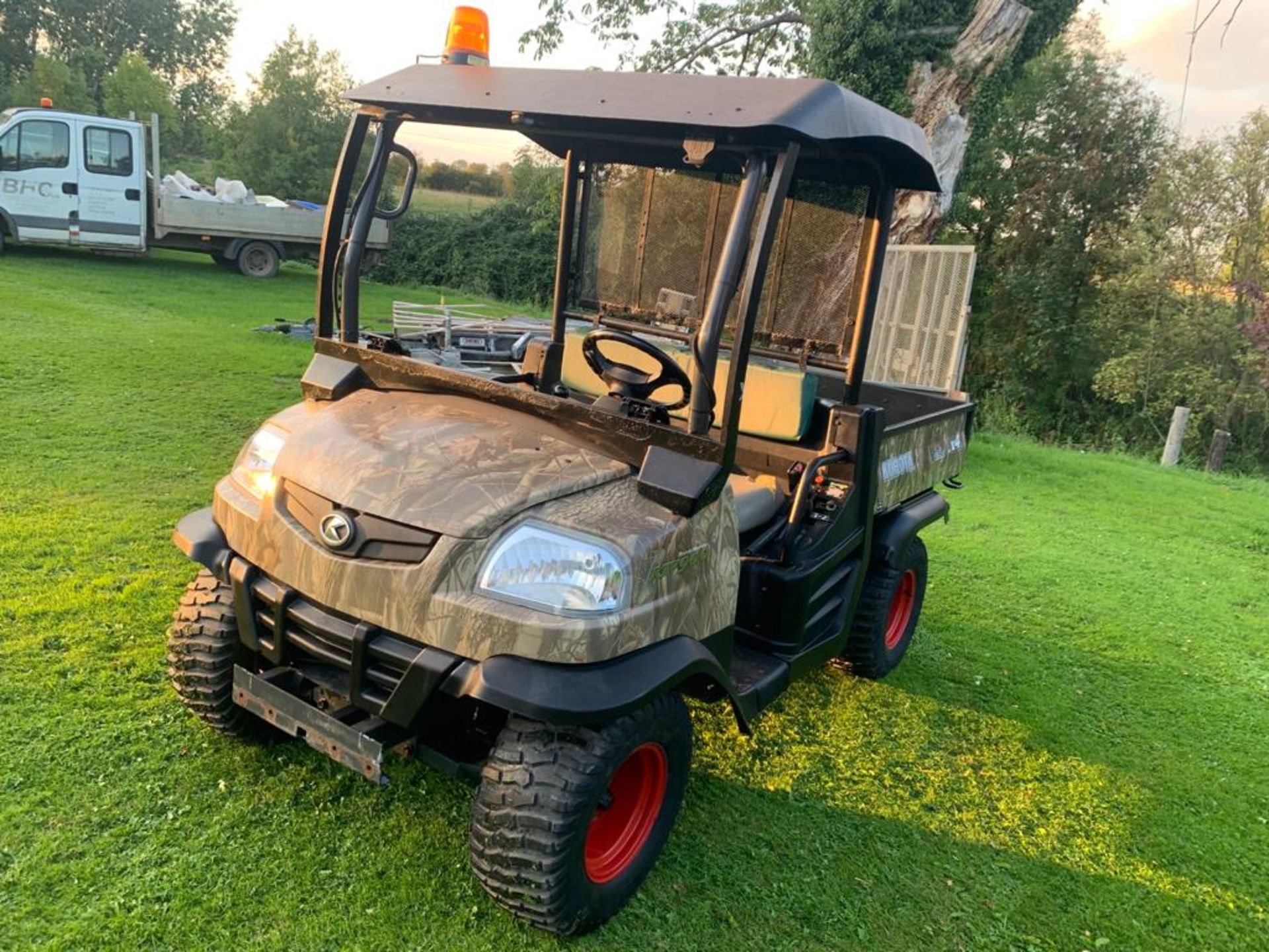 KUBOTA 4X4 DIESEL HYDRAULIC TIPPER BUGGY, RUNS, WORKS AND TIPS *PLUS VAT* - Image 5 of 22