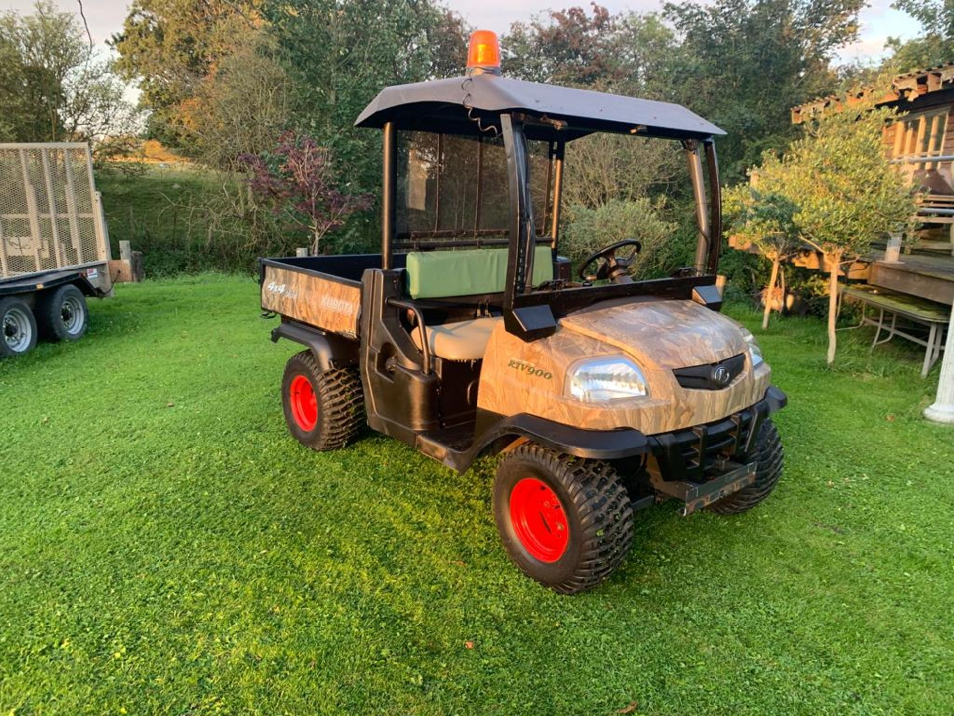 KUBOTA 4X4 DIESEL HYDRAULIC TIPPER BUGGY, RUNS, WORKS AND TIPS *PLUS VAT* - Image 3 of 22