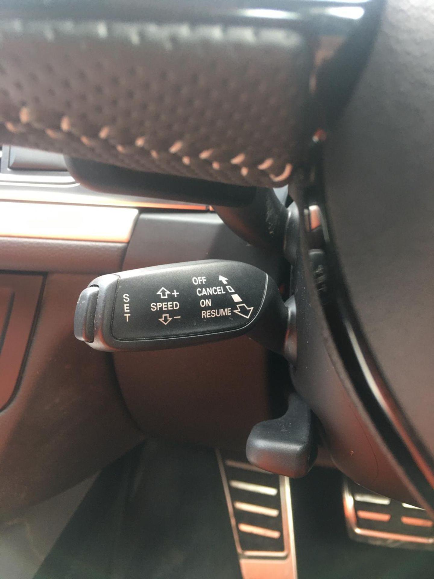2018/18 REG AUDI A6 S LINE TDI ULTRA SEMI-AUTO 2.0 DIESEL ESTATE, SHOWING 1 FORMER KEEPER *NO VAT* - Image 24 of 33