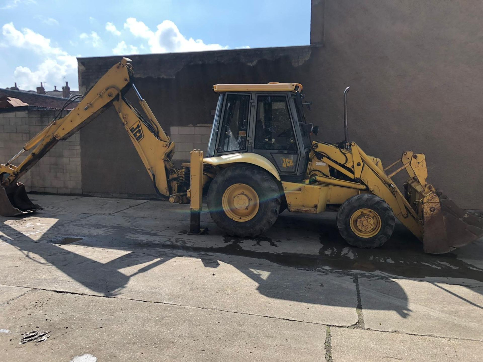 JCB 3CX PROJECT 8 DIGGER, 4X4, EXTRA DIG, C/W 3 BUCKETS, HOURS FROM NEW 7434 ONLY *NO VAT* - Image 12 of 16