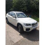 2013/13 REG BMW X6 M50D AUTOMATIC 3.0 DIESEL WHITE, SHOWING 1 FORMER KEEPER *NO VAT*