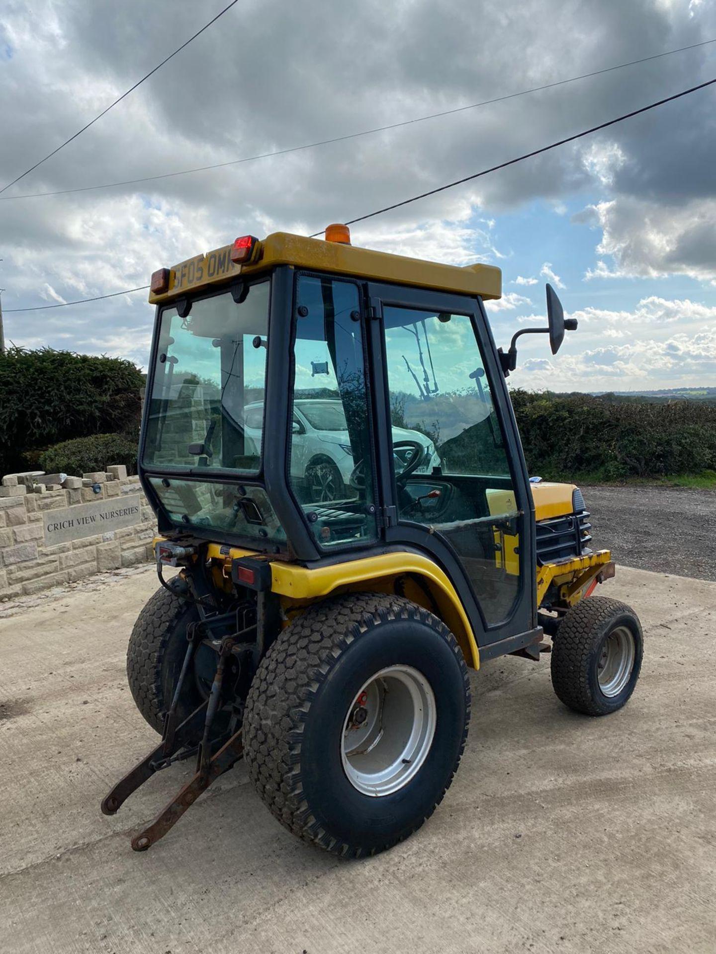 Lot 50 - KUBOTA B2110H COMPACT TRACTOR, RUNS AND DRIVES *PLUS VAT*
