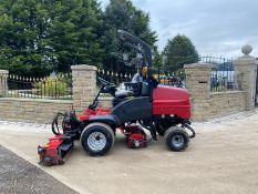 2014 TORO LT3340 CYLINDER MOWER, RUNS, WORKS AND CUTS, IN GOOD CONDITION, 4 WHEEL DRIVE *PLUS VAT*