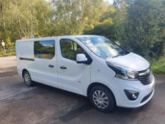2015/15 REG VAUXHALL VIVARO 2900 SPORTIVE CDTI 1.6, 6 SEAT CREW PANEL VAN, SHOWING 0 FORMER KEEPERS