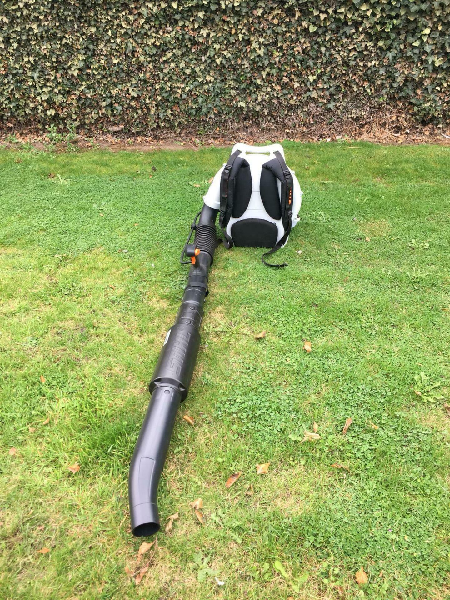 STIHL BACK PACK LEAF BLOWER, MODEL: BR500, MANUFACTURED 07/2017, NEVER USED, CHOICE OF 2 *PLUS VAT* - Image 7 of 7