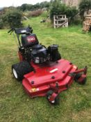2010 TORO PEDESTRIAN WALK BEHIND MOWER, RUNS DRIVES CUTS CLEAN MACHINE, TWIN WHEELED, SELF PROPELLED