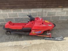 SNOW MOBILE PETROL, TRACK DRIVEN, PETROL ENGINE, HAD IT RUNNING BUT WILL NEED A SERVICE BEFORE USE