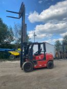 KALMAR P90CX FORKLIFT 3 STAGE MAST, SIDE SHIFT *PLUS VAT*