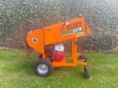 ELIETT CHIPPER/SHREDDER, HYDRAULIC ROLLER FEED, MAJOR PROF 4, 13HP HONDA ENGINE GX390 *PLUS VAT*