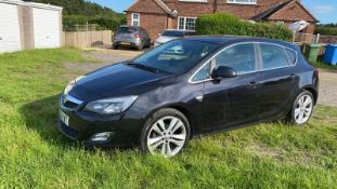 2010/60 REG VAUXHALL ASTRA SRI 1.4 PETROL BLACK 5DR HATCHBACK, SHOWING 0 FORMER KEEPERS *NO VAT*