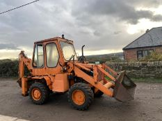 KUBOTA RW25 FRONT LOADER BACKHOE, RUNS, WORKS AND DIGS, 2721 HOURS, MODEL RW25 *PLUS VAT*