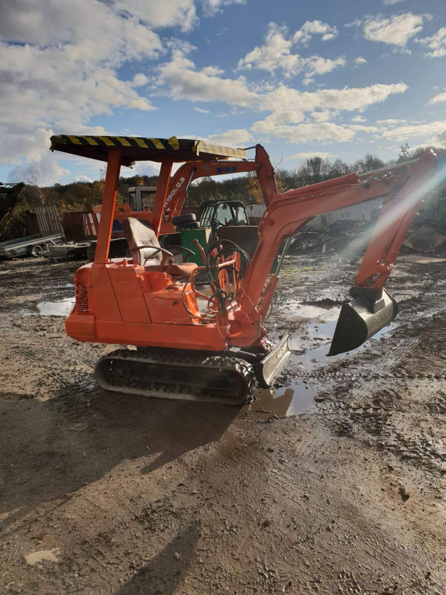 KUBOTA MINI DIGGER RUBBER TRACKED EXCAVATOR, 1.5 TON, STARTS AND DRIVES *NO VAT* - Image 5 of 8