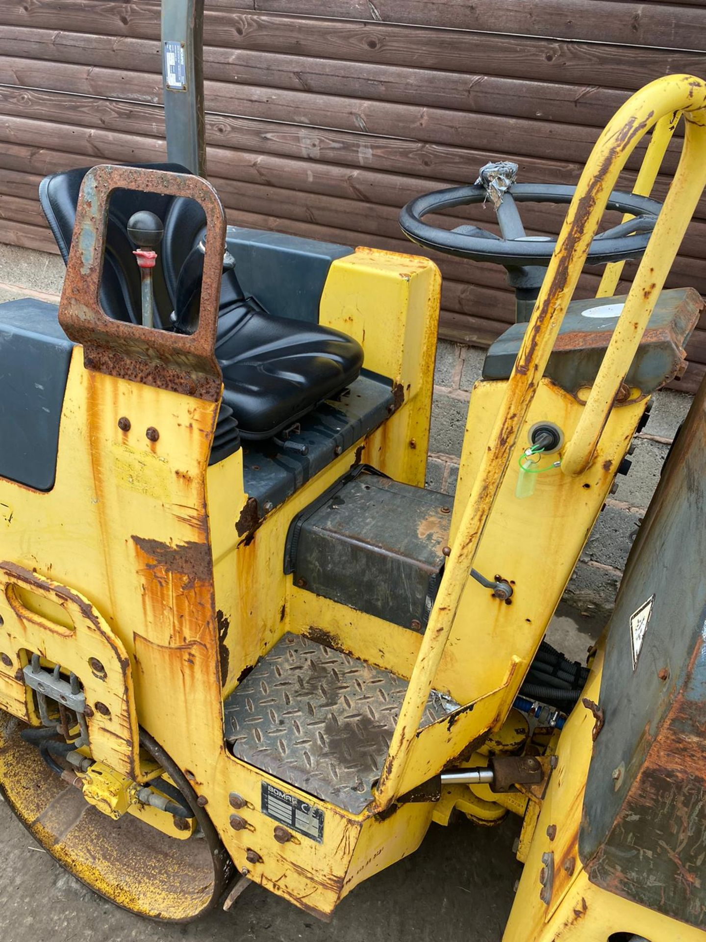 BOMAG BW80AD-2 DOUBLE DRUM ROLLER, ONLY 990 HOURS *PLUS VAT* - Image 2 of 5