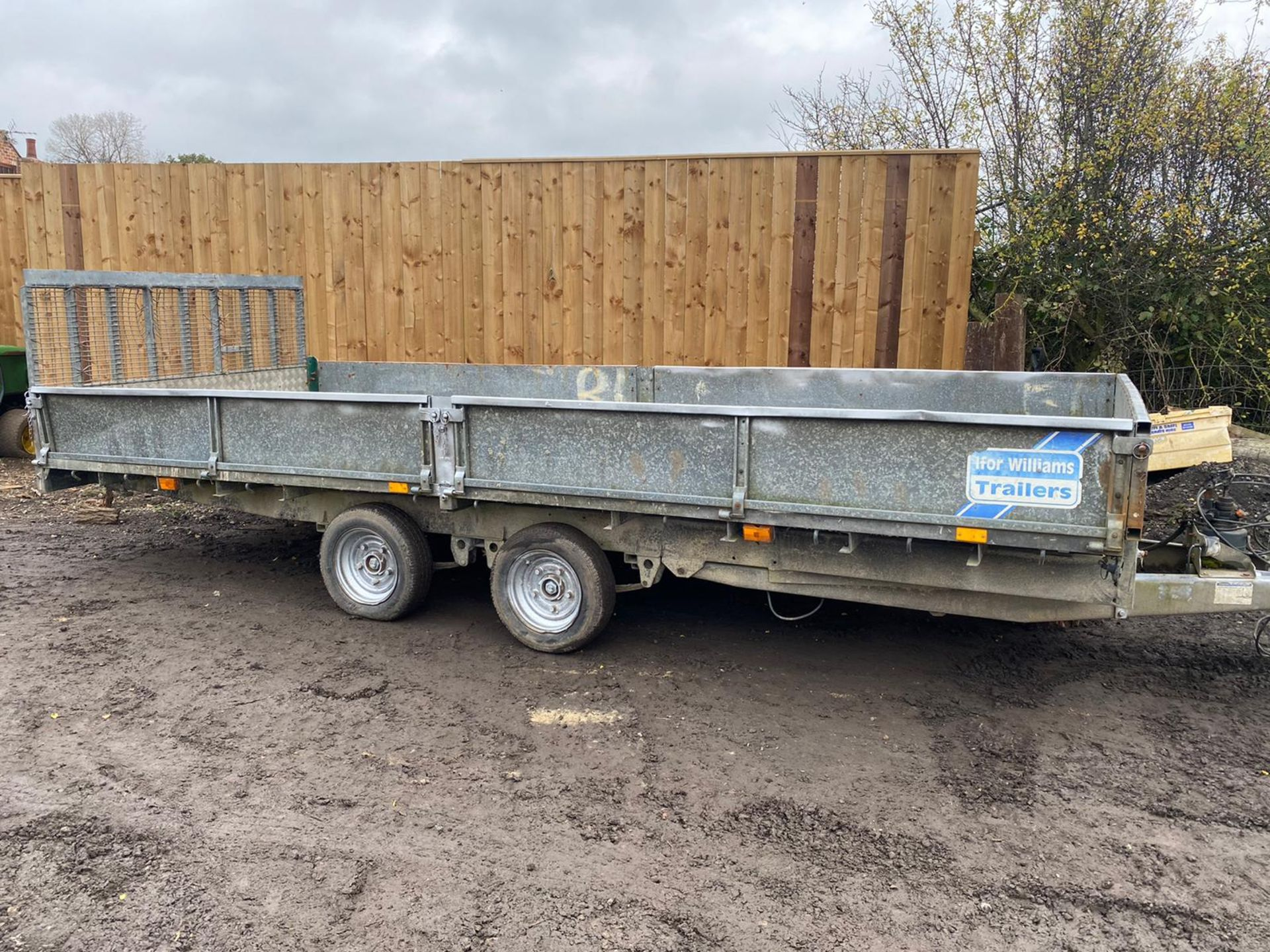 """IFOR WILLIAMS HYDRAULIC TILT BED TRAILER, REAR DROP DOWN RAMP & DROP SIDES, 16FT X 6FT 6"""" *PLUS VAT* - Image 2 of 4"""