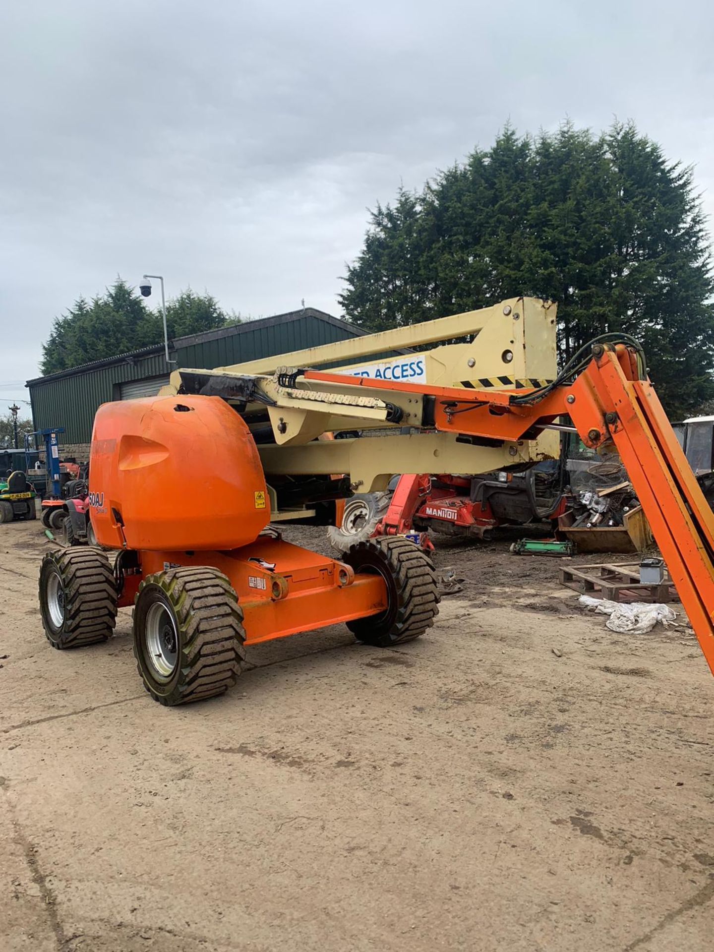 2007 JLG 450AJ SERIES II CHERRY PICKER, 4X4, RUNS, DRIVES AND LIFTS *PLUS VAT*