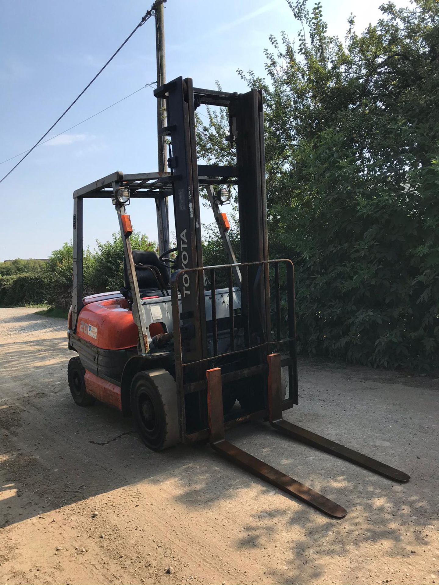 TOYOTA 20 FORKLIFT, RUNS, DRIVES AND LIFTS, CLEAN MACHINE *PLUS VAT* - Image 5 of 5
