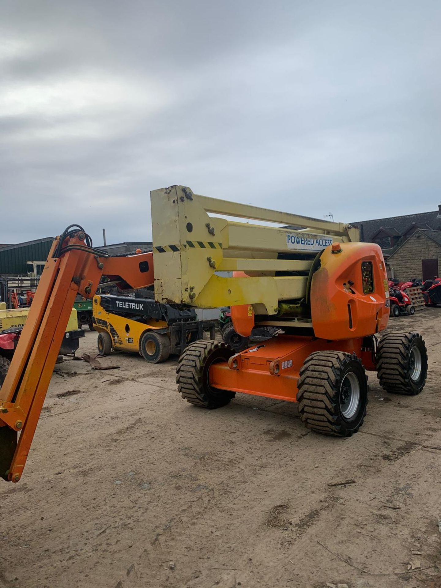 2007 JLG 450AJ SERIES II CHERRY PICKER, 4X4, RUNS, DRIVES AND LIFTS *PLUS VAT* - Image 2 of 6