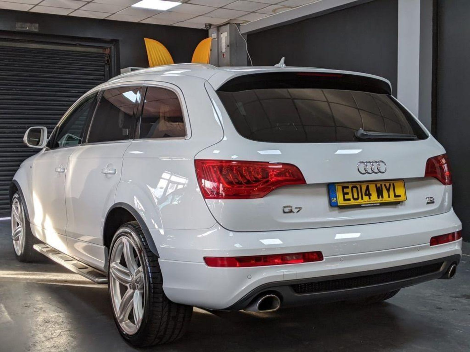 2014/14 REG AUDI Q7 S LINE + TDI QUATTRO 3.0 DIESEL AUTO 245 PS 7 SEAT, SHOWING 3 FORMER KEEPERS - Image 3 of 36
