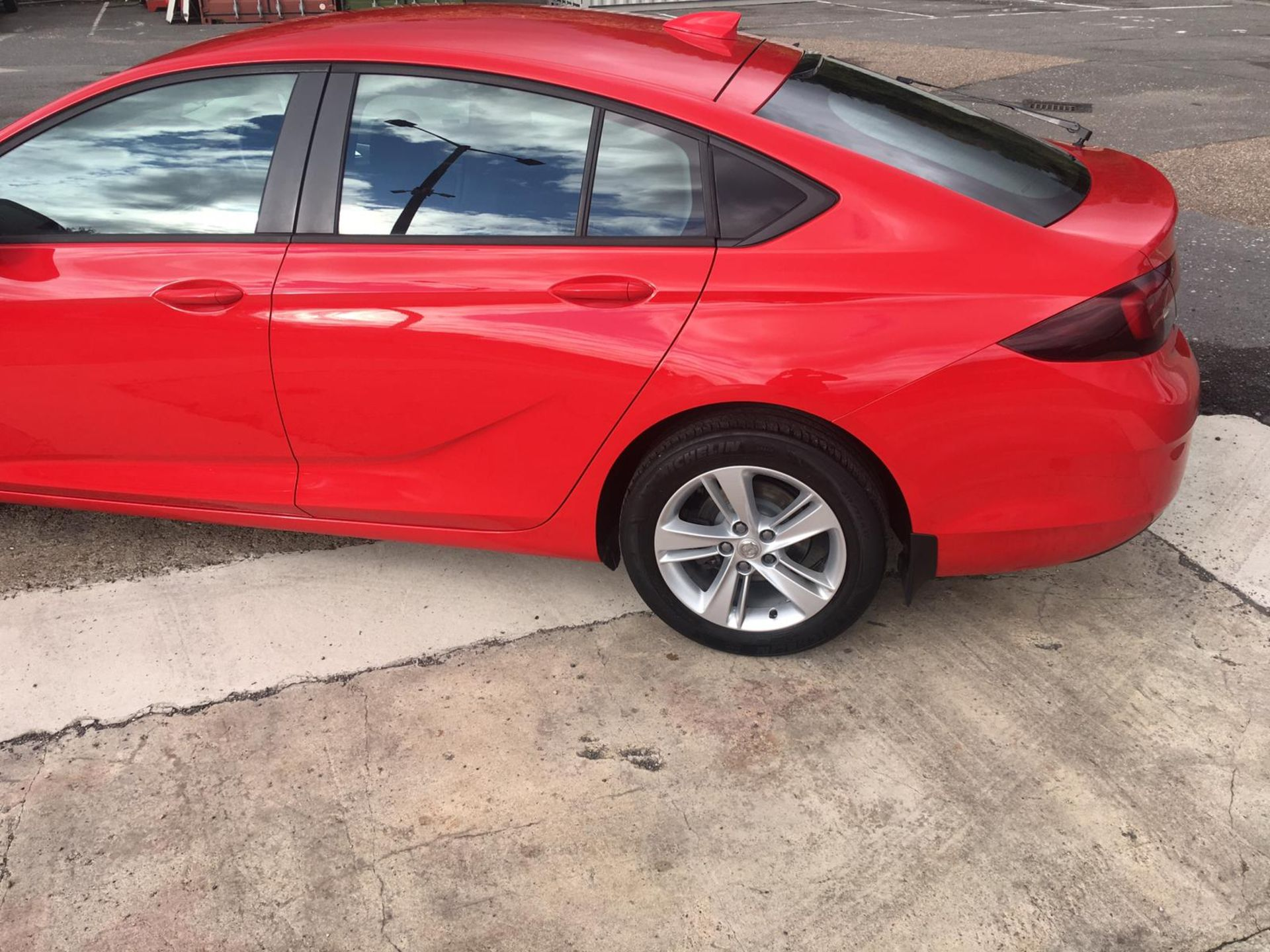 2018/18 REG VAUXHALL INSIGNIA DESIGN ECOTEC TURBO 1.6 DIESEL RED, SHOWING 0 FORMER KEEPERS *NO VAT* - Image 4 of 34