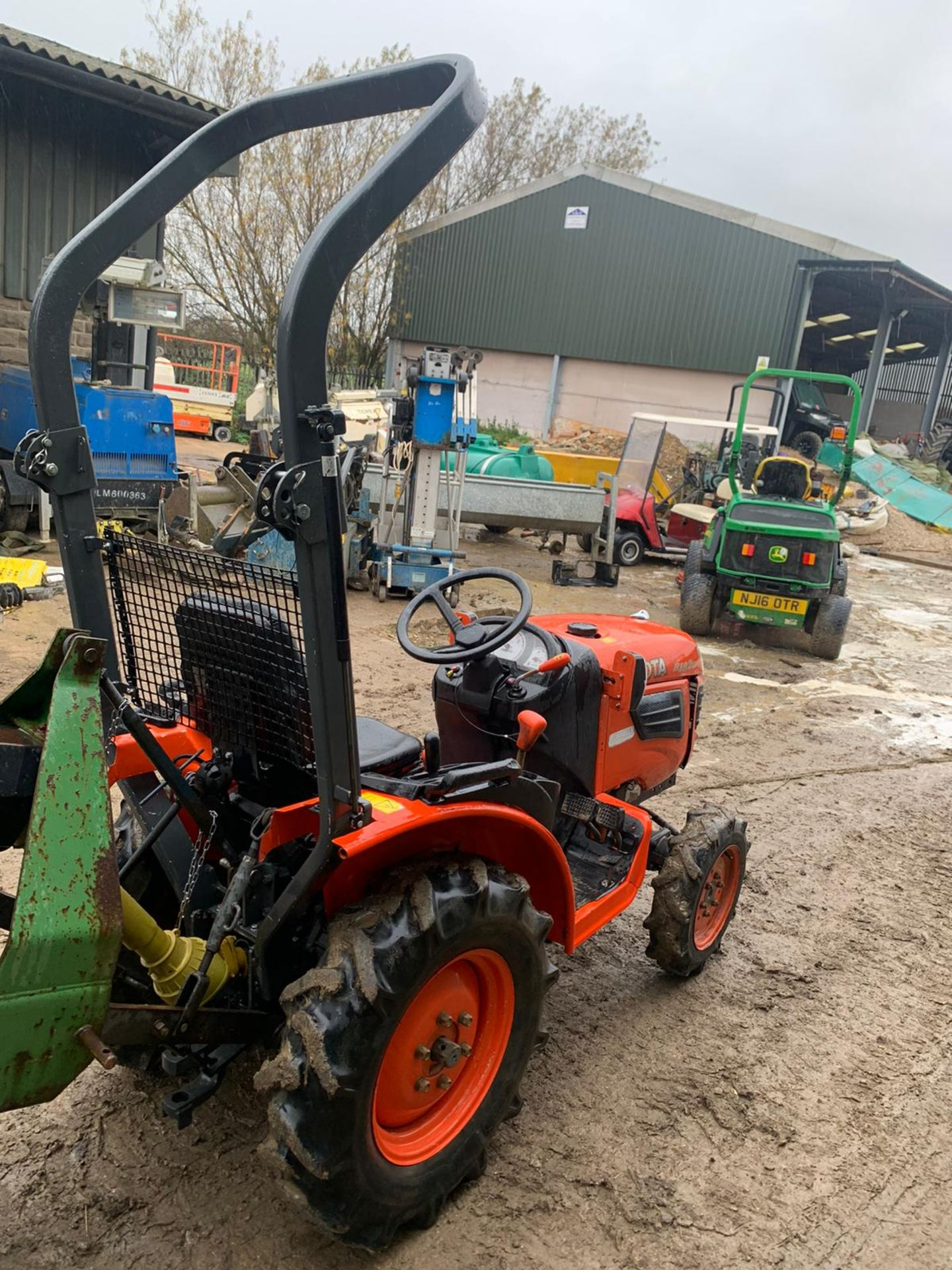 KUBOTA B1820 COMPACT TRACTOR, RUNS, DRIVES AND WORKS, CLEAN MACHINE *PLUS VAT* - Image 3 of 6