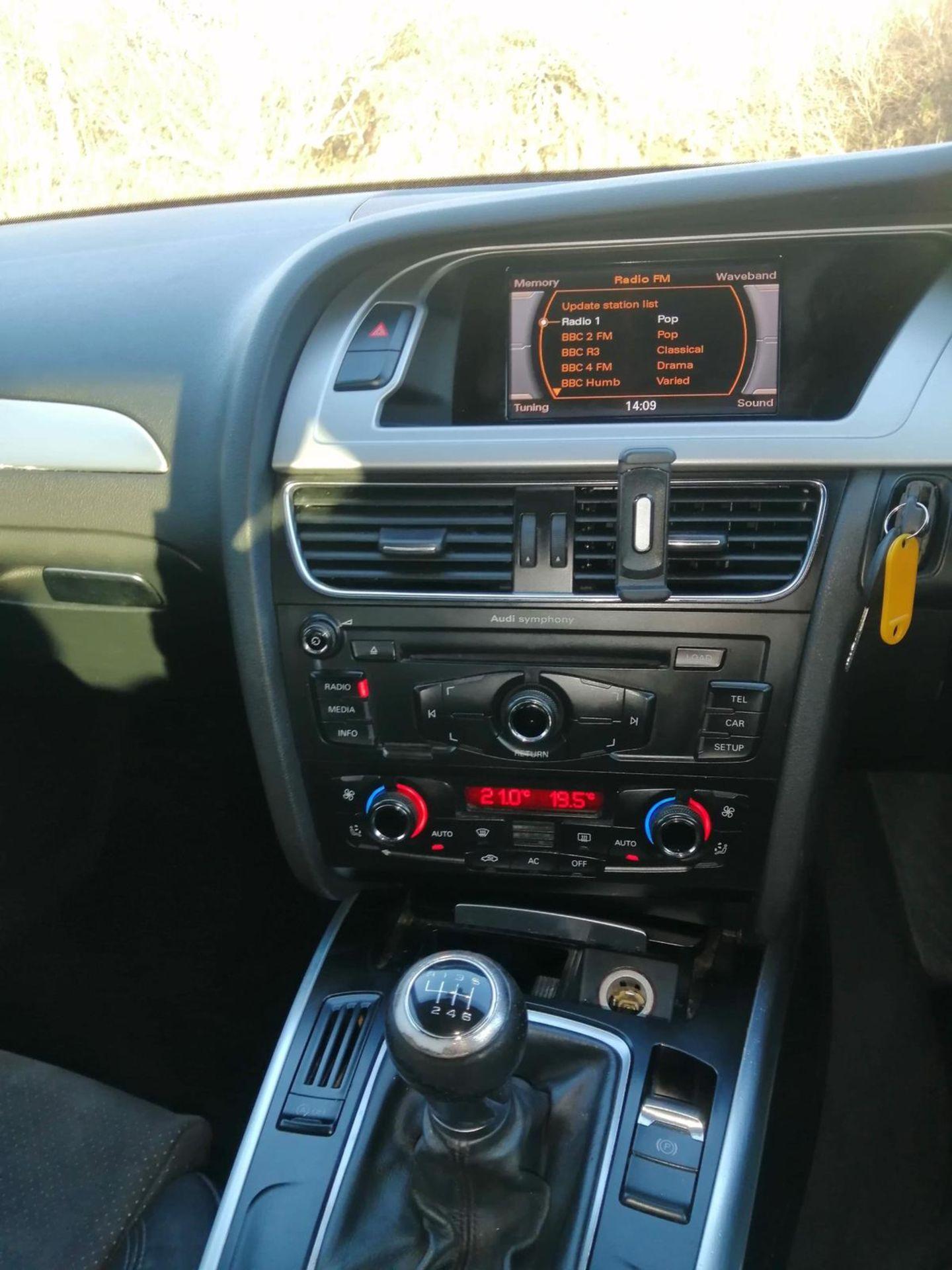 2009/59 REG AUDI A4 S LINE TDI 2.0 DIESEL BLACK 4 DOOR SALOON, SHOWING 2 FORMER KEEPERS *NO VAT* - Image 6 of 13