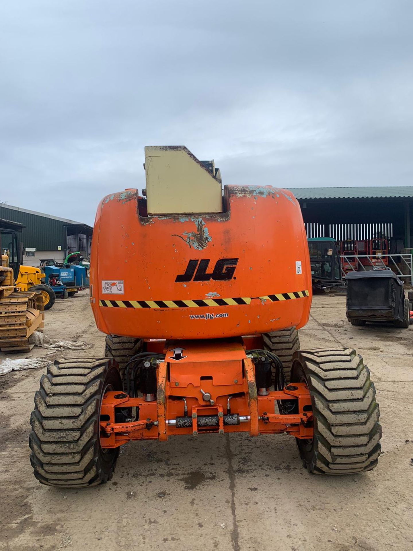 2007 JLG 450AJ SERIES II CHERRY PICKER, 4X4, RUNS, DRIVES AND LIFTS *PLUS VAT* - Image 5 of 6
