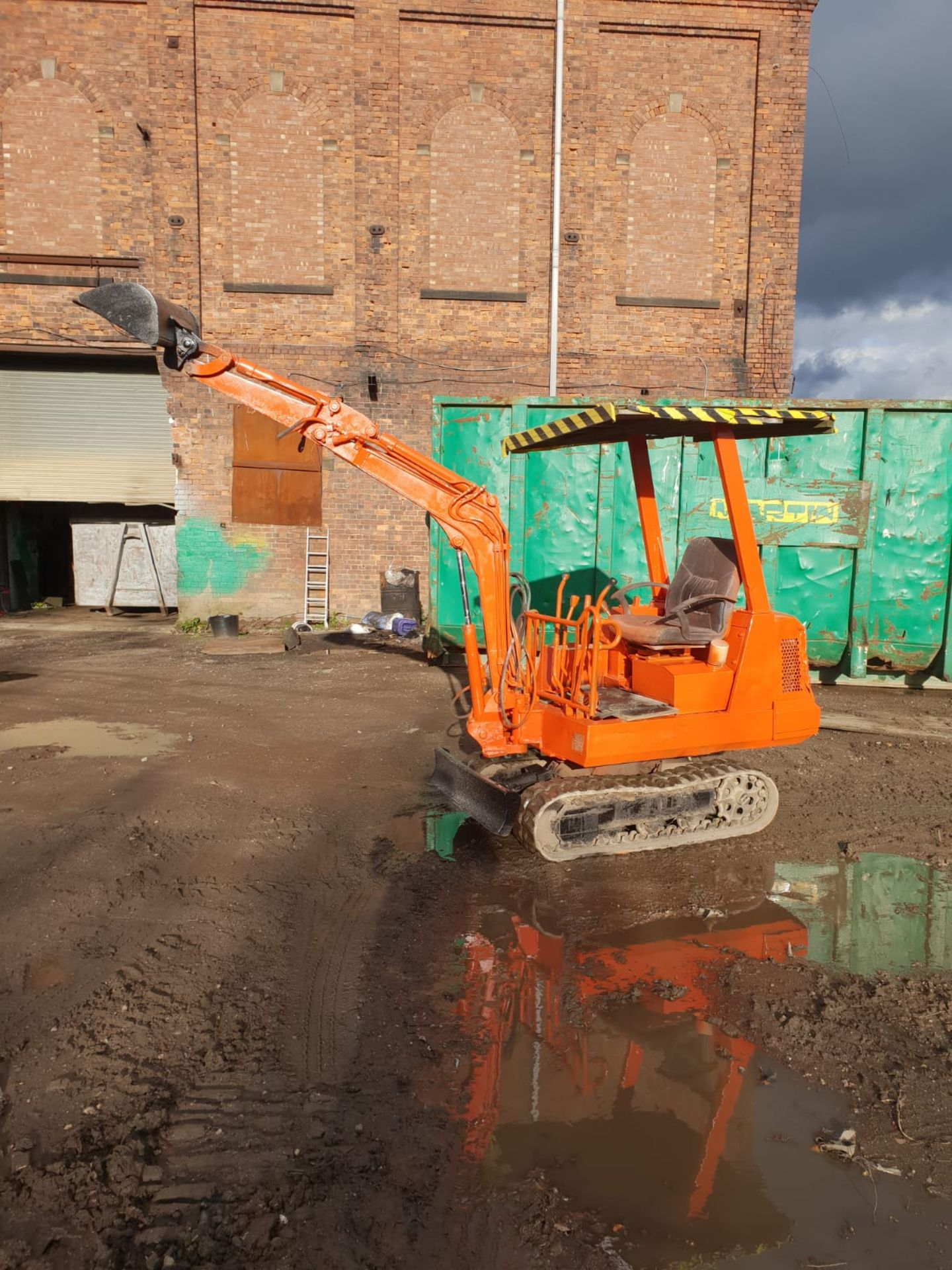 KUBOTA MINI DIGGER RUBBER TRACKED EXCAVATOR, 1.5 TON, STARTS AND DRIVES *NO VAT* - Image 6 of 8