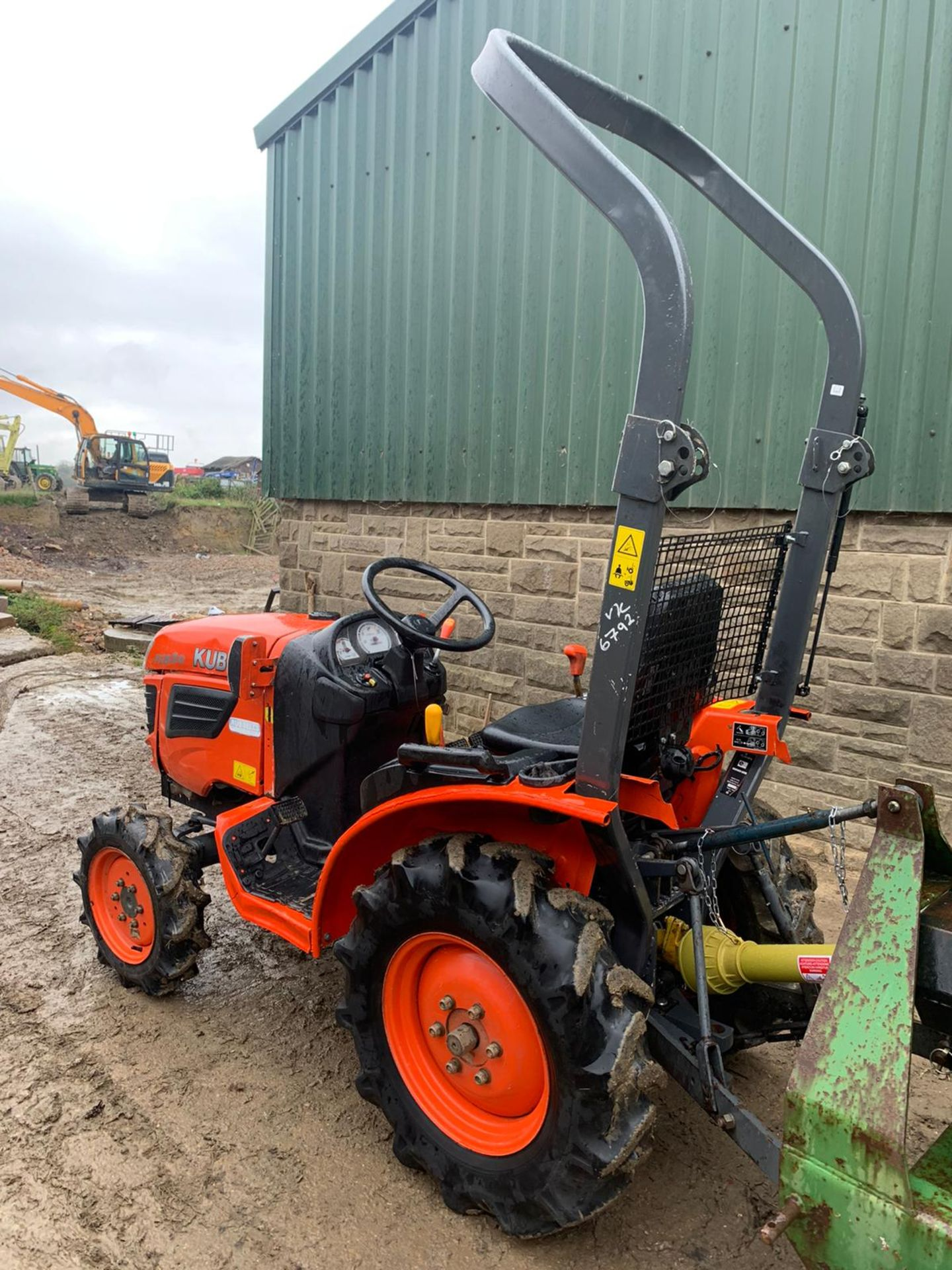 KUBOTA B1820 COMPACT TRACTOR, RUNS, DRIVES AND WORKS, CLEAN MACHINE *PLUS VAT* - Image 2 of 6
