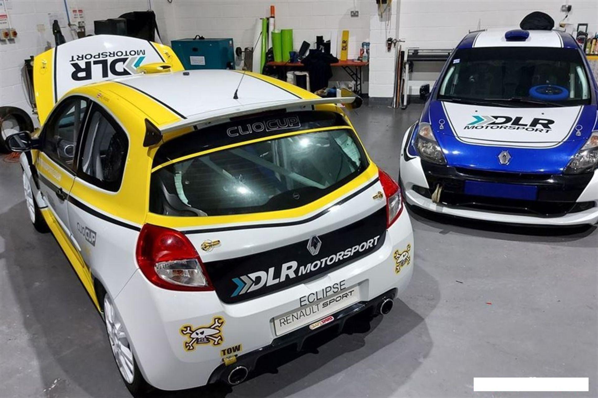 CLIO CUP X85 RHD SADEV ON PADDLES RACE CAR - Image 2 of 4