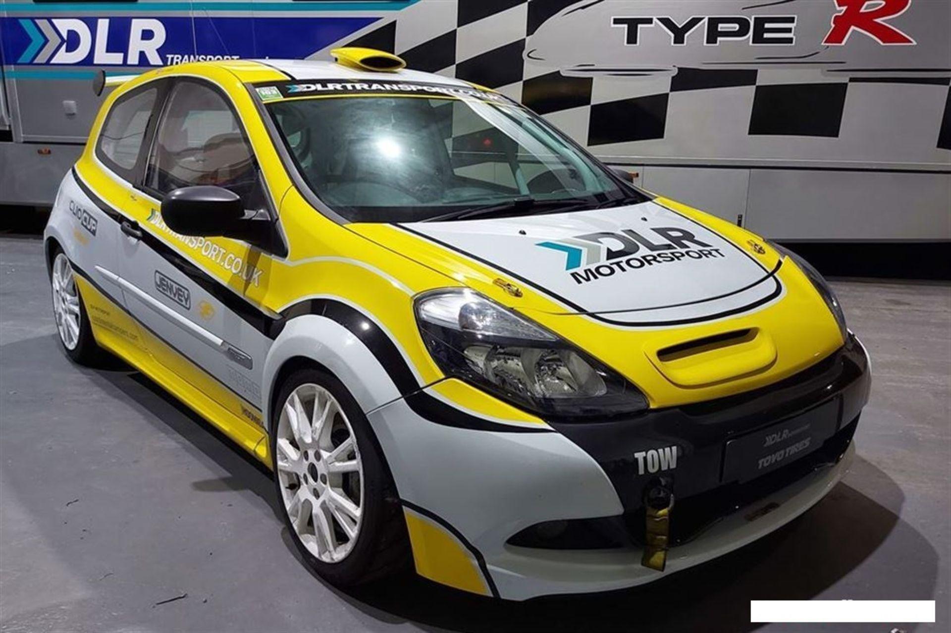 CLIO CUP X85 RHD SADEV ON PADDLES RACE CAR
