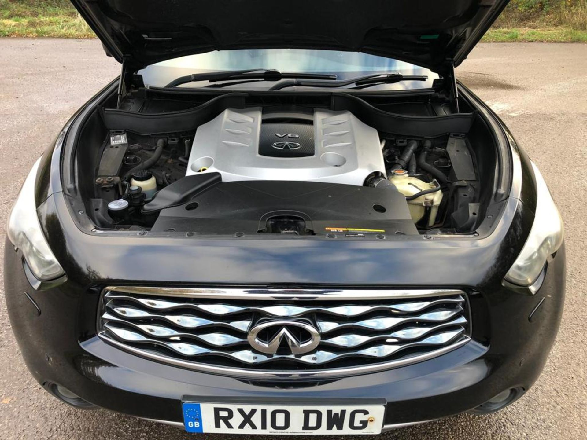 2010/10 REG INFINITI FX30 S AUTO 3.0L DIESEL 7 SPEED AUTOMATIC, SHOWING 2 FORMER KEEPERS *NO VAT* - Image 17 of 22