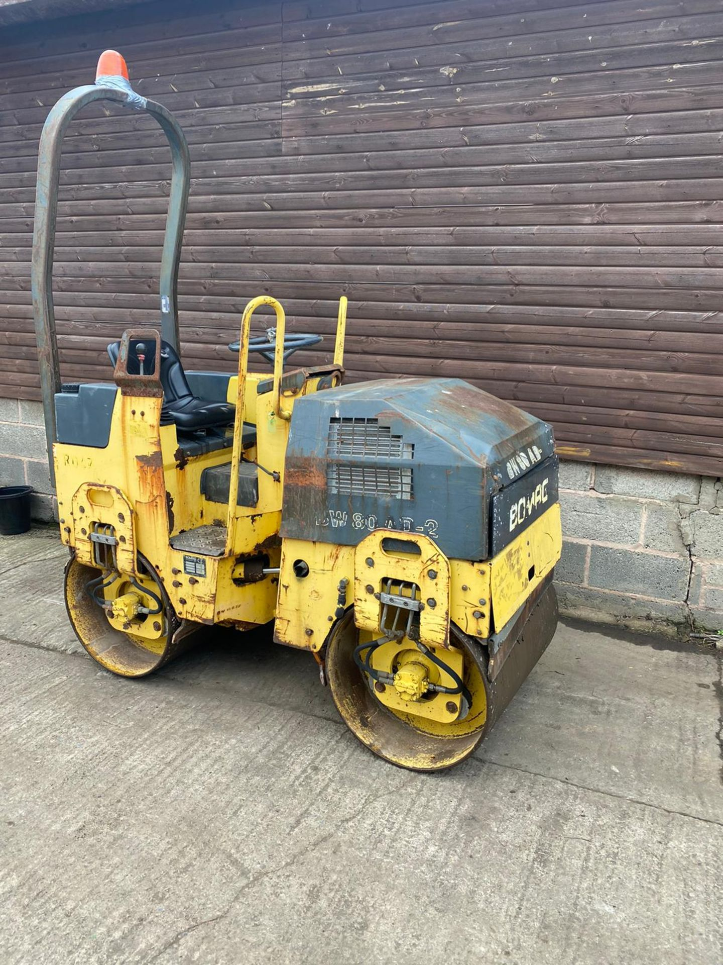 BOMAG BW80AD-2 DOUBLE DRUM ROLLER, ONLY 990 HOURS *PLUS VAT* - Image 3 of 5