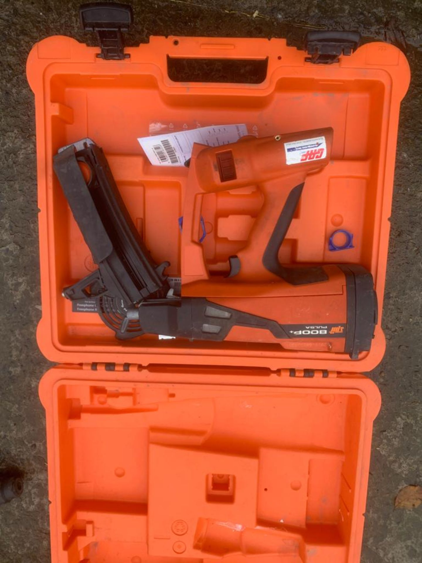 SPITT PULSA 800 NAIL GUN, DELIVERY ANYWHERE UK £10 *PLUS VAT* - Image 2 of 2