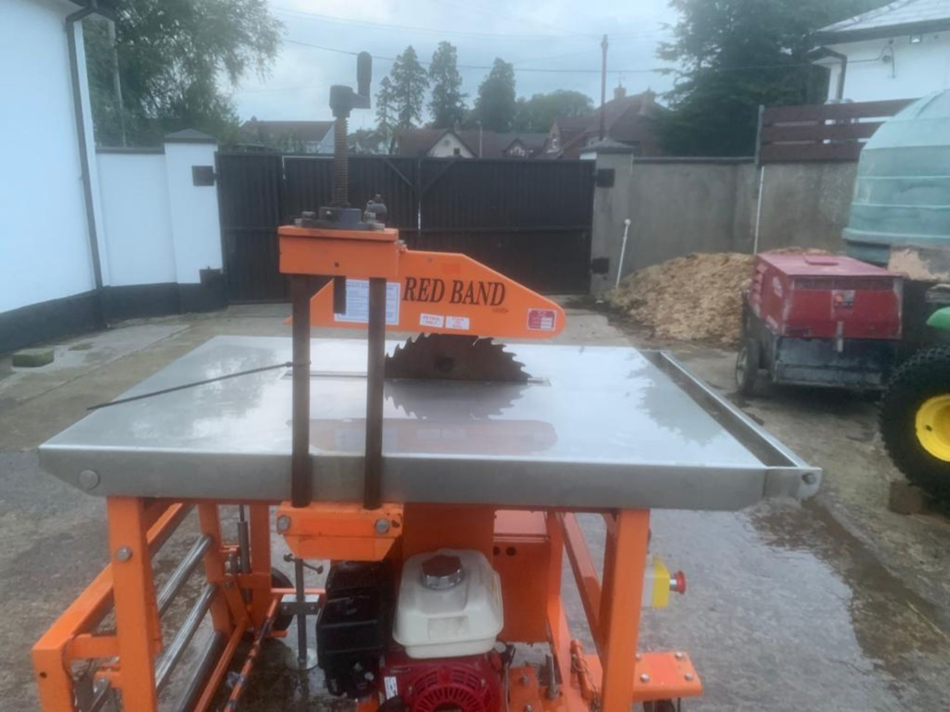 CLIPPER PETROL TABLE SAW *PLUS VAT* - Image 7 of 8