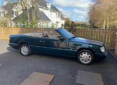 MERCEDES E220 CONVERTIBLE, 145,000 MILES, CLASSIC CAR, STARTS, RUNS AND DRIVES *NO VAT*