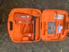PASLODE FINISHING NAIL GUN UNTESTED, UK NATIONWIDE DELIVERY £10 *PLUS VAT*