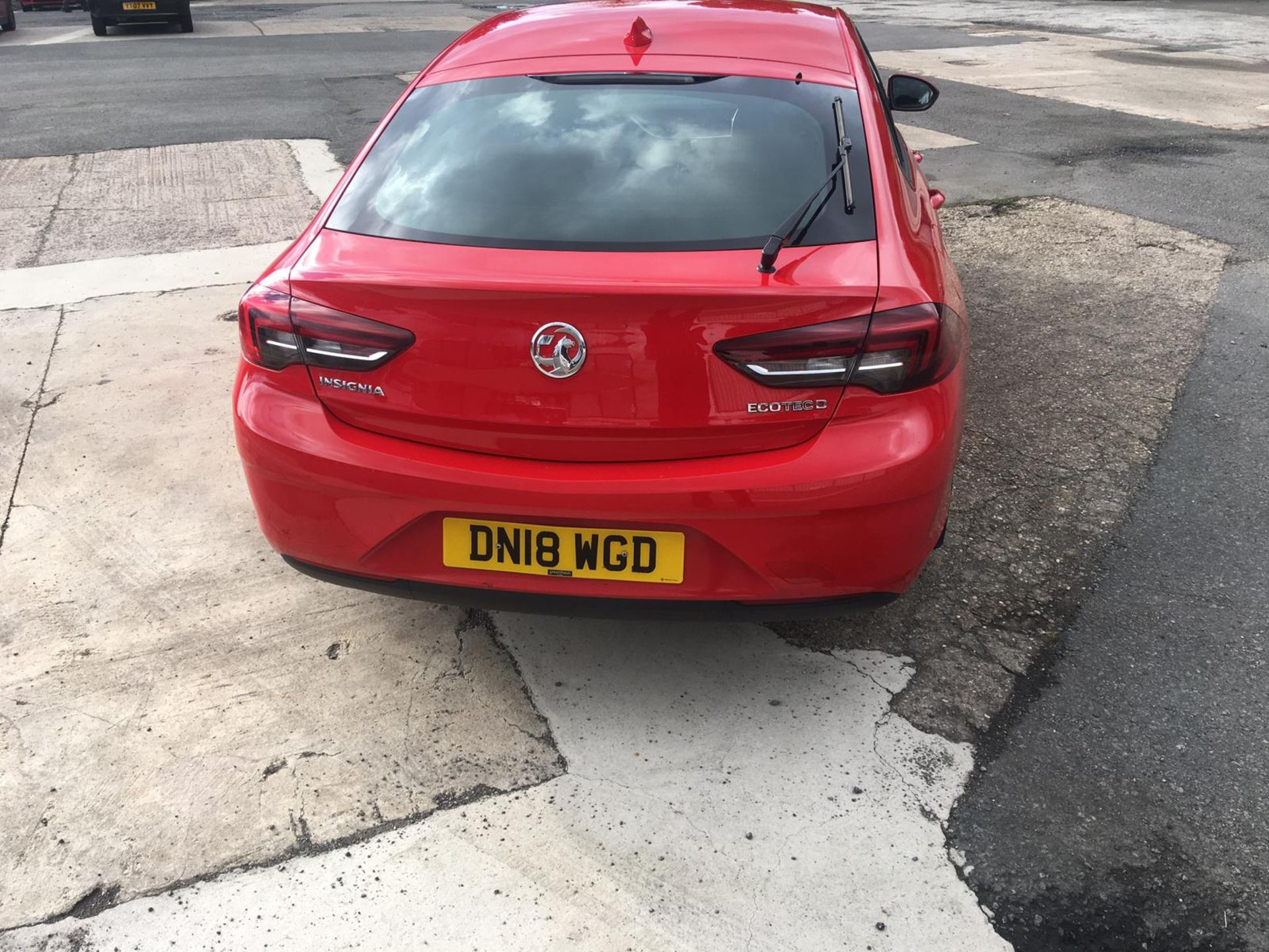 2018/18 REG VAUXHALL INSIGNIA DESIGN ECOTEC TURBO 1.6 DIESEL RED, SHOWING 0 FORMER KEEPERS *NO VAT* - Image 7 of 34
