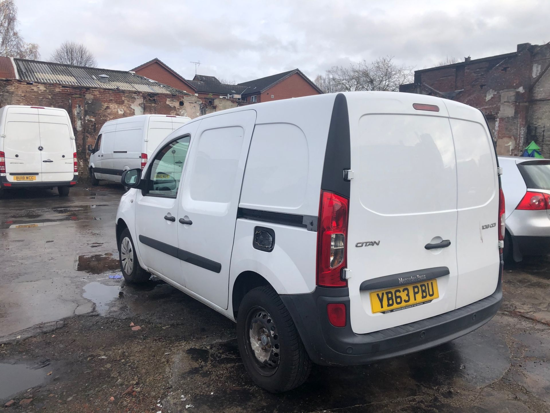 2014/63 REG MERCEDES-BENZ CITAN 109 CDI 1.5 DIESEL WHITE PANEL VAN, SHOWING 1 FORMER KEEPER - Image 4 of 13