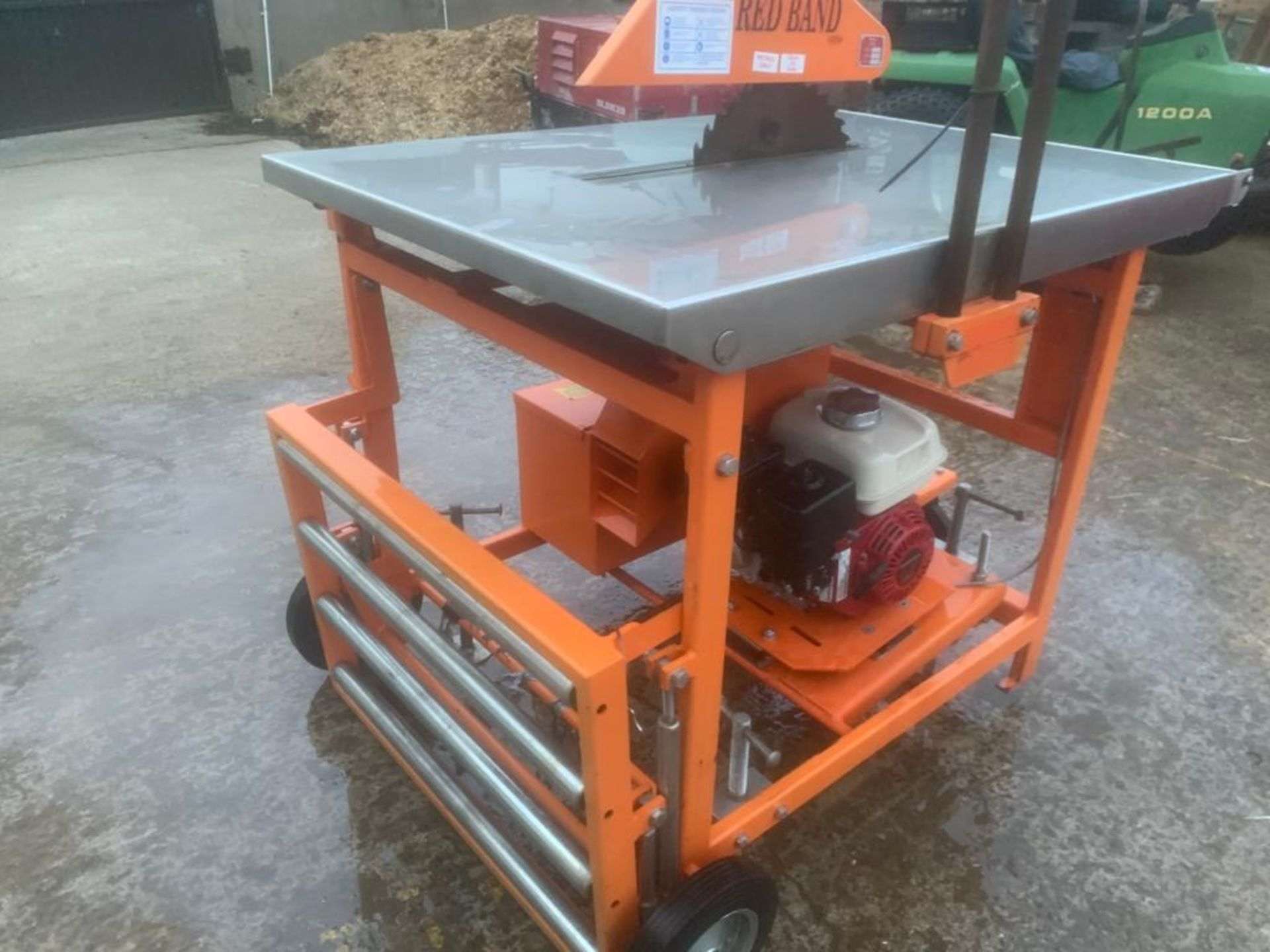 CLIPPER PETROL TABLE SAW *PLUS VAT* - Image 6 of 8
