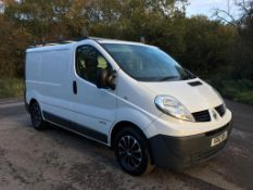 2012/12 REG RENAULT TRAFIC SL27 DCI 2.0 DIESEL WHITE PANEL VAN, SHOWING 0 FORMER KEEPERS *NO VAT*