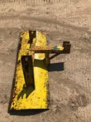 SNOW PLOUGH, SUITABLE FOR COMPACT TRACTOR, 4FT WIDE *NO VAT*