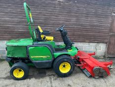 JOHN DEERE 1545 FLAIL MOWER, DIRECT EX COUNCIL, TRIMAX 155 FLAIL DECK, 4WD HYDRAULIC RAISE & LOWER