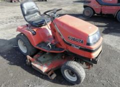 KUBOTA G1700 DIESEL RIDE ON LAWN MOWER, STARTS FIRST TIME, RUNS, DRIVES AND CUTS *PLUS VAT*