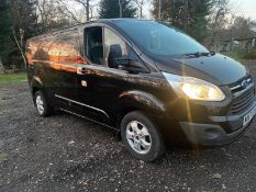2017/67 REG FORD TRANSIT CUSTOM 290 LIMITED 2.0 DIESEL BLACK PANEL VAN, SHOWING 0 FORMER KEEPERS