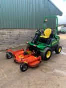 JOHN DEERE 1580 MOWER, RUNS, DRIVES AND CUTS, CLEAN MACHINE, 2090 HOURS, ROAD REGISTERED *PLUS VAT*