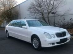MERCEDES-BENZ 6 DOOR WHITE LIMOUSINE LIMO LHD LEFT HAND DRIVE LOW MILES - 2005