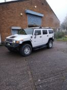 White Hummer H2, 2003 4 x 4 (no vat) SEATS JUST DONE IN RED LEATHER ( NO VAT)
