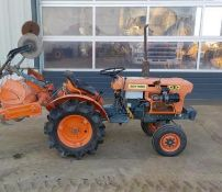KUBOTA 4X4 DIESEL TRACTOR, DELIVERY ANYWHERE UK £300 *PLUS VAT*
