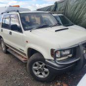 1993/K REG ISUZU BIGHORN LWB DIESEL AUTO WHITE 3.0L *NO VAT*